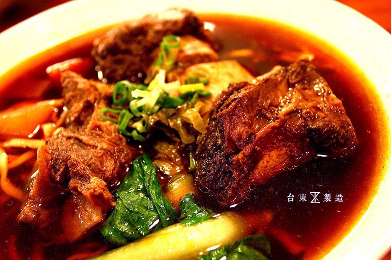 台東市區美食東鼎牛肉麵 (18)