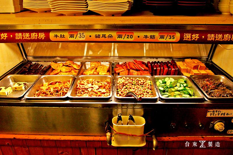 台東市區美食東鼎牛肉麵 (5)
