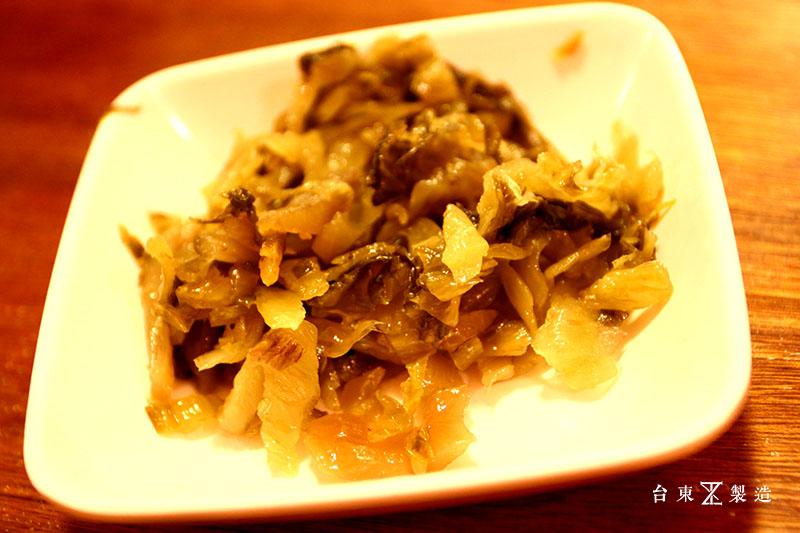 台東市區美食東鼎牛肉麵 (7)